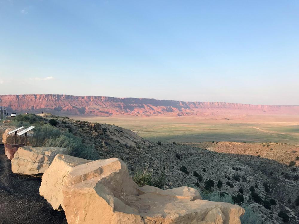 entering-moon-canyon.jpg