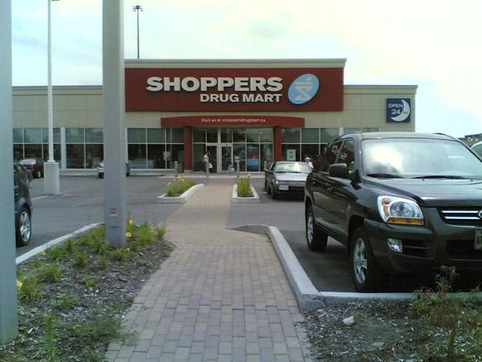 shoppers01.jpg